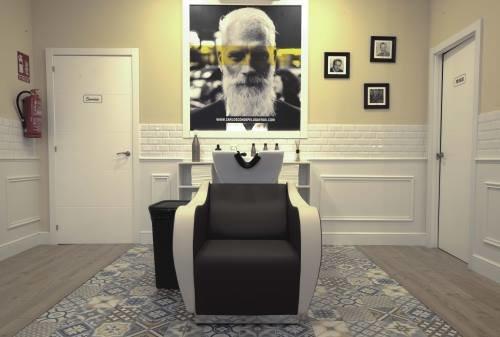 Salón de Los Mallos de Carlos Conde peluqueros
