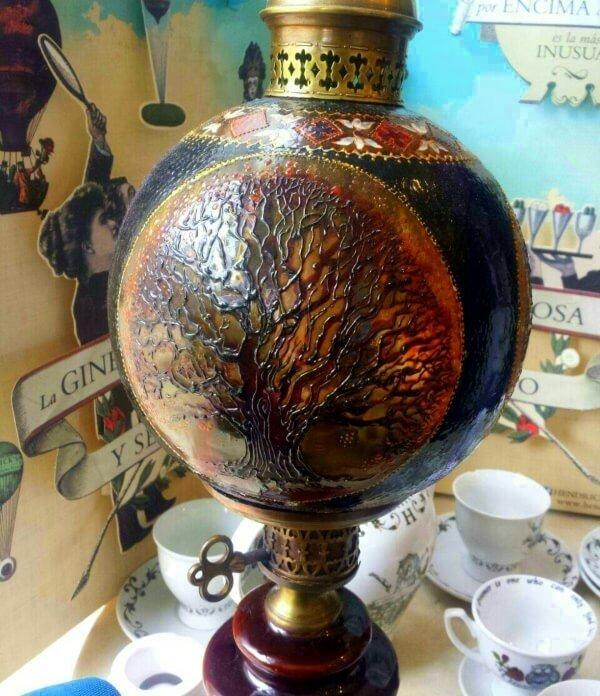 Lámpara de cristal decorado, de Xulia Weinberg